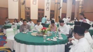 Dr. H Mukhamad Ilyasin, M.Pd bersama Gubernur Kaltim dan Prof. Dr H Nasaruddin Umar